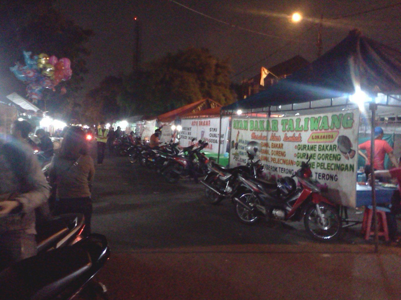 Depok yang bersahabat dengan jakarta selatan ExploreBandung; 7 Tempat Kuliner Legendaris di Jakarta Selatan Yang Cocok Untuk Nongkrong Dan Biaya Murah